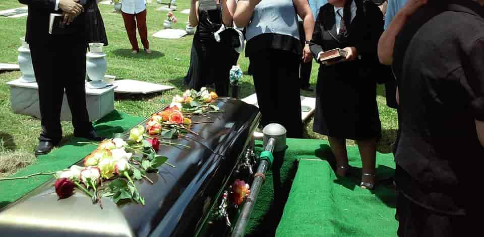 What To Wear: Christian Funeral